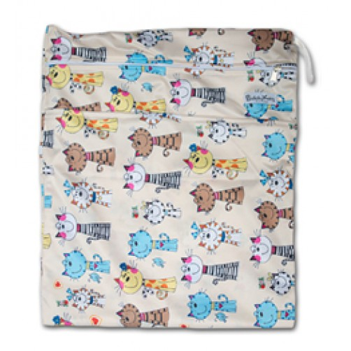 W013 Girly Cats Smooth Wet Bag